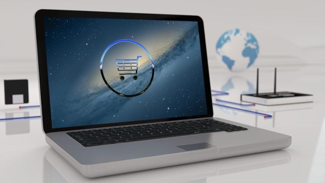 Co Polacy kupują online?